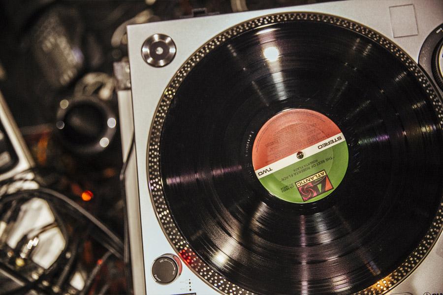 vinyl sales 2017