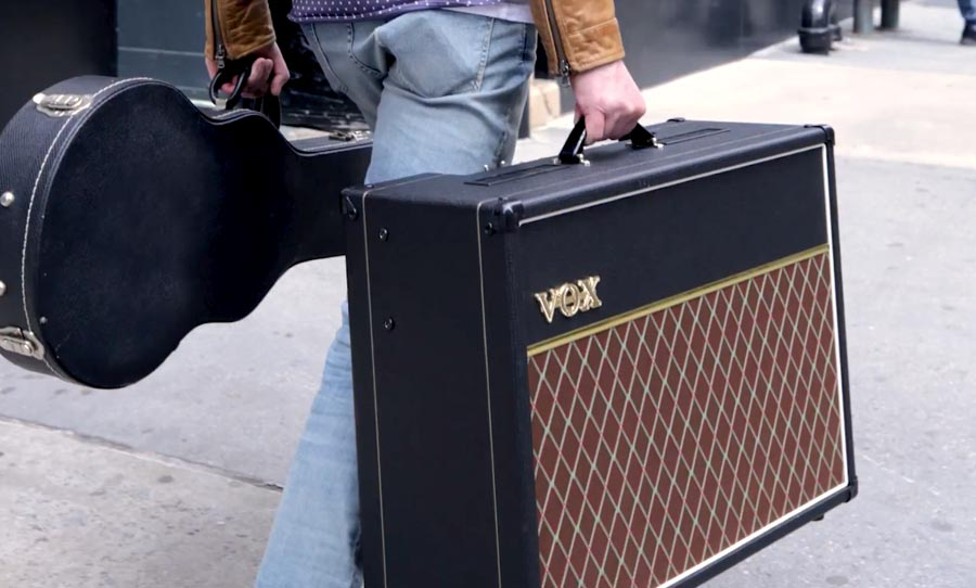 VOX AC30S1 walking