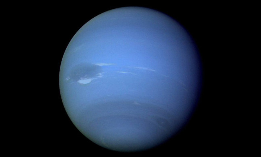 Uranus has started leaking gas, NASA scientists confirm thumbnail