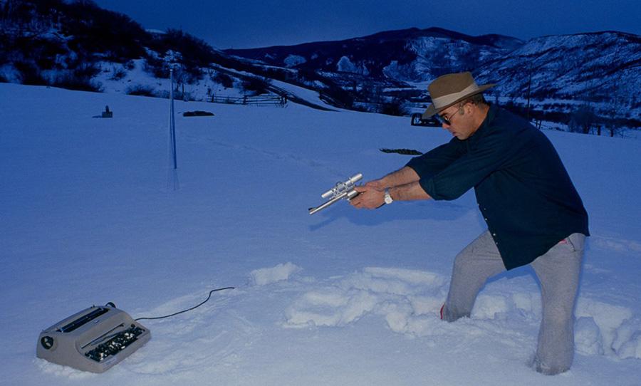 hunter s. thompson typewriter pistol